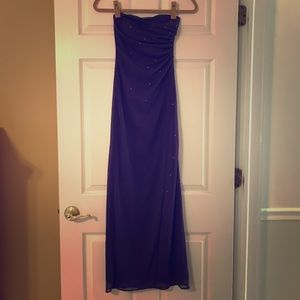 Beautiful Sweetheart Purple Gown With detail